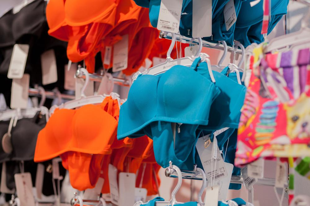Словарь пляжной модницы, часть 2: виды купальников, в которых вам точно будет удобно
