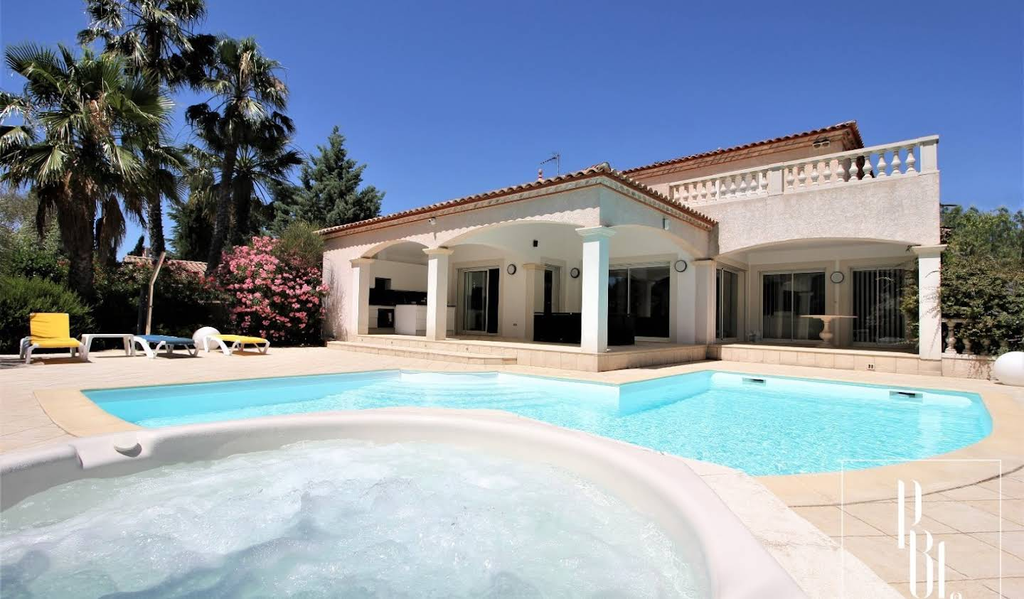 House with pool and terrace Balaruc-les-Bains