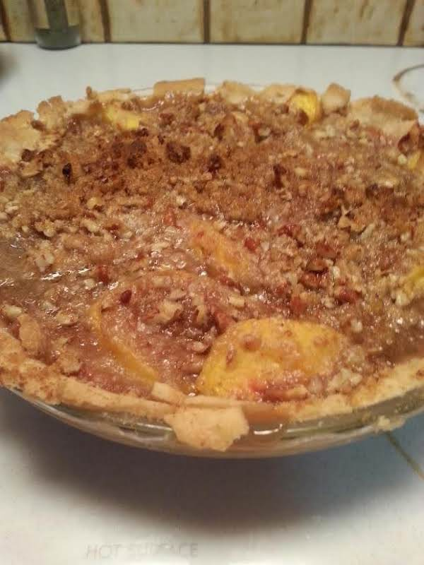 Peach Praline Pie