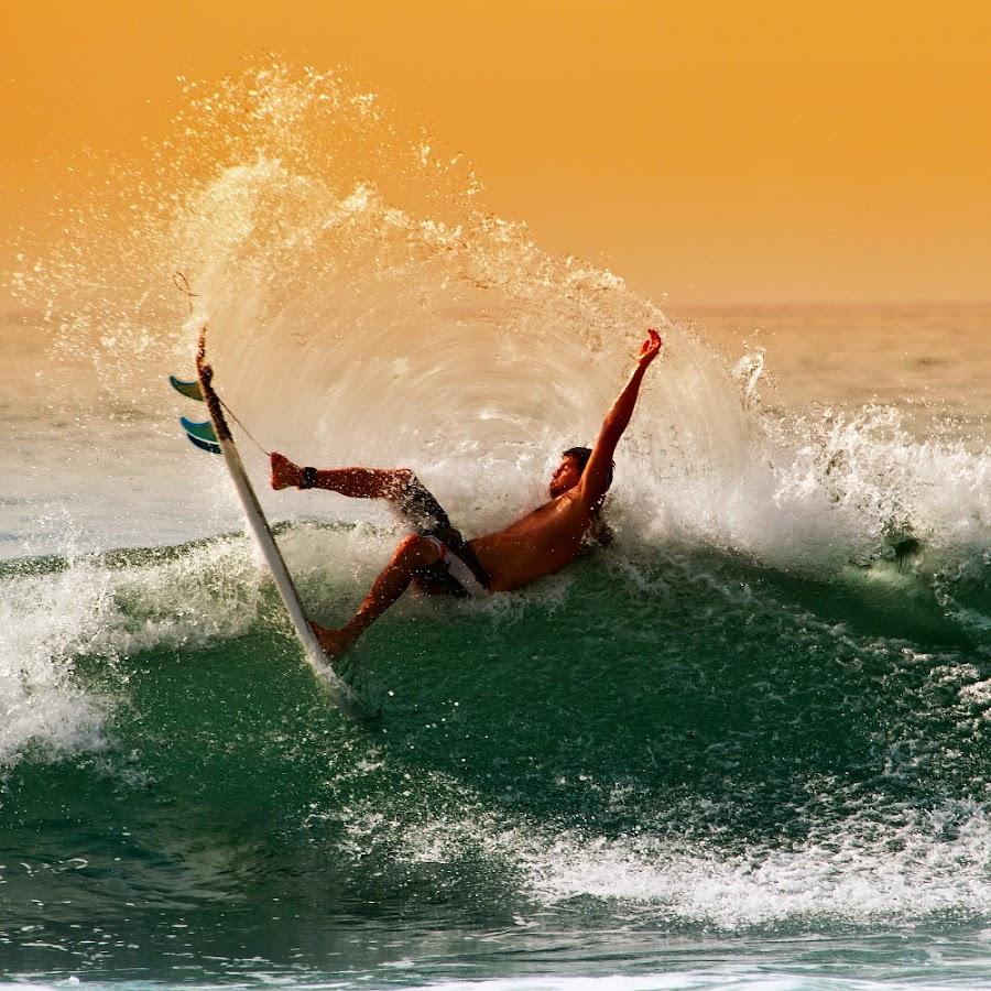 by Alit  Apriyana - Sports & Fitness Surfing