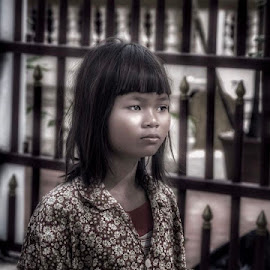 Cambodian FGirl by Rick Pelletier - Novices Only Portraits & People