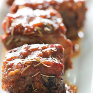 Slow Cooker Short Ribs.