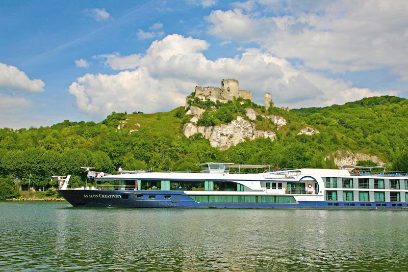 Board an Avalon Creativity cruise on the Seine to see Paris in a whole new light.
