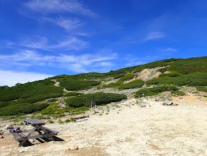 稜線沿いに駒ケ岳山頂へ