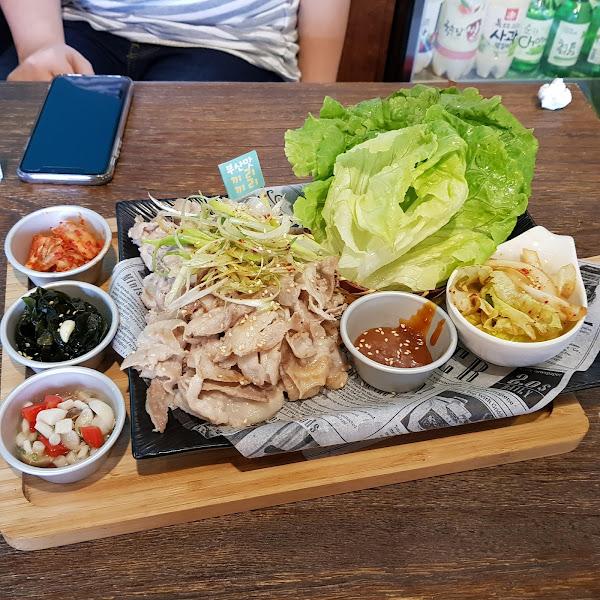 GiliGili韓國釜山餐酒館。超值酒肉套餐,讓你大口喝酒大口吃肉!