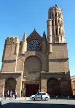 Photo: Eglise Saint-Victor de Montesquieu-Volvestre