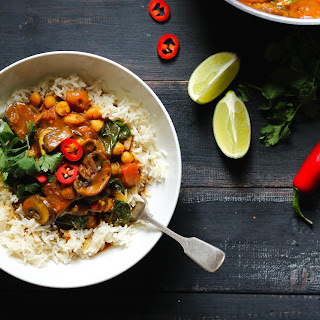 Mushroom Curry with Spinach & Chickpeas.