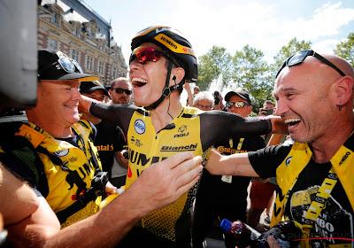 Twitter gaat helemaal los: 'Le Tour des Belges' én het gezicht van Oliver Naesen na ritzege van Wout Van Aert