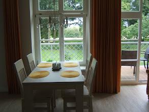 Photo: Exclusiver Urlaub im Jagdschloß zu Hohen Niendorf: 2-Zi-Schloßappartement mit schönem Blick auf den Park. Nähere Infos unter http://www.jagdschloss-zu-hohen-niendorf.de und http://www.binz-zingst-kuehlungsborn.de .