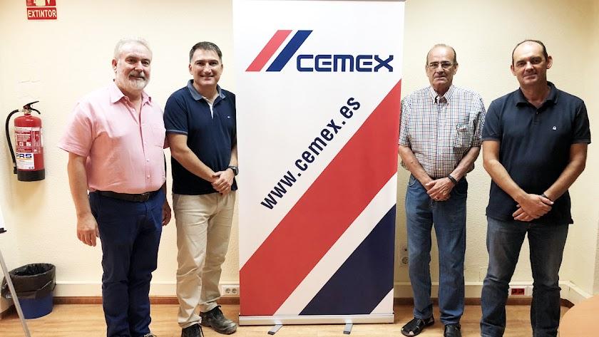 Reunión con representantes de Cemex.