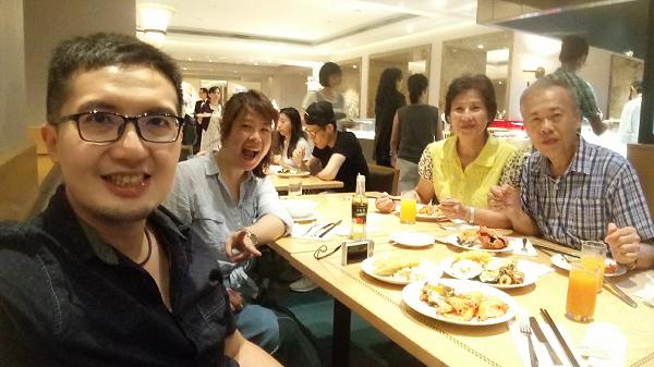父親節聚餐:國賓大飯店~明園西餐廳buffet吃到飽