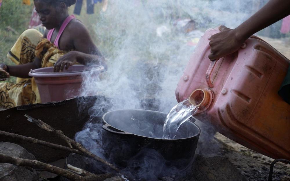 Roasting coffee in madagascar