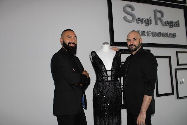 Sergi Regal junto a su pareja, Roberto Purralef.