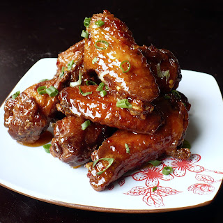 SWEET CHILI-GLAZED CHICKEN WINGS Recipe