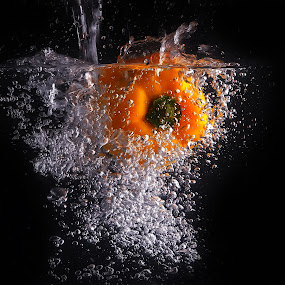 again...paprika makes bubbles by Ismed  Hasibuan  - Food & Drink Fruits & Vegetables