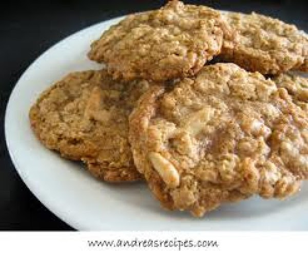 Grandma's Oatmeal Cookies Recipe