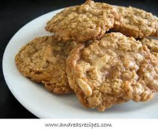 Grandma's Oatmeal Cookies Recipe