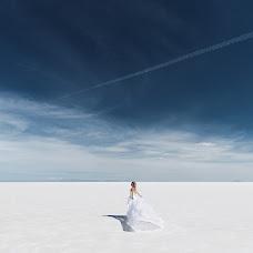 Wedding photographer Zhenya Luzan (tropicpic). Photo of 12.07.2017