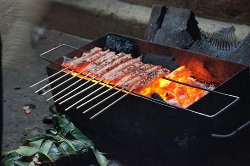 Phố cổ Hà Nội với các món ăn vặt chiều thu 7