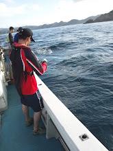 "Photo: 初乗船の""アユカワさん""も! 結構重たそうー。"