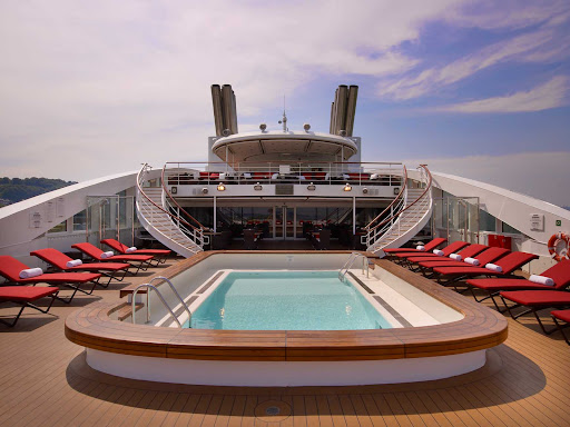 le-boreal-pool-deck.jpg - The pool deck on Ponant's luxury expedition ship Le Boreal.