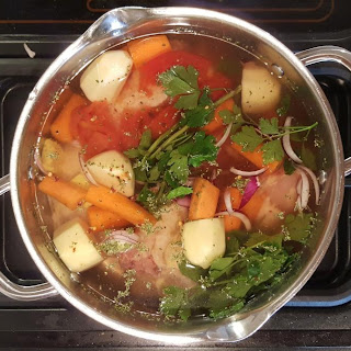 Simple Italian Chicken Broth