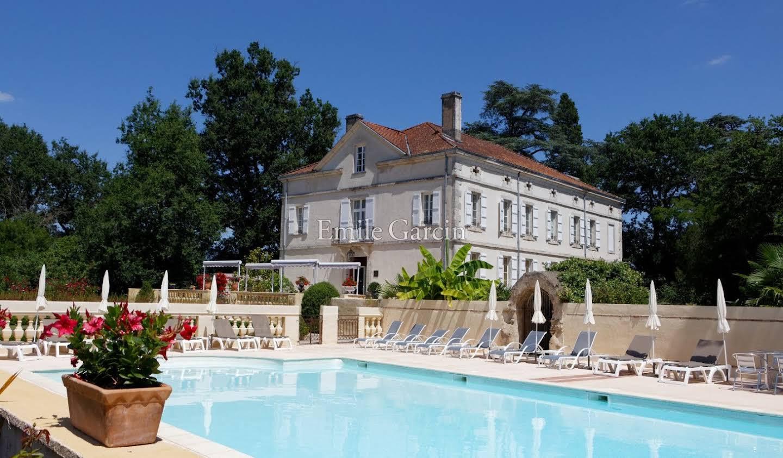 Manor Montauban