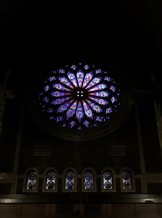 "The ""Sanctus"" rose window."