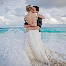 Wedding photographer Hipolito Flores (hipolitoflores). Photo of 27.01.2016