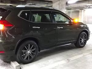 エクストレイル T32 20X 4WD 7人乗り カーキ 2018のカスタム事例画像 traveler_planner_golferさんの2020年12月30日18:50の投稿