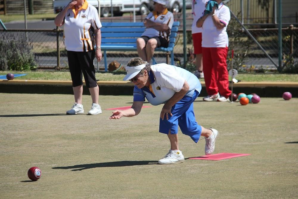 Narrabri bowler Helen Woodward in action on Sunday morning at the annual Narrabri ladies bowls spring carnival.