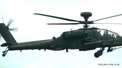 Photo: British Army Apache AH1