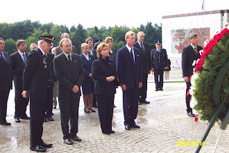 Photo: The Grand Duke and Grand Duchess of Luxembourg, and almost the entire government of the country, presenting  wreaths in a solemn ceremony after the 9/11/2001 tragedies. Photo by Nico Schroeder.