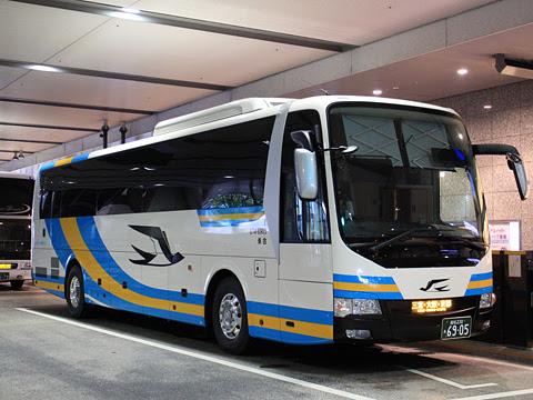 JR四国バス「高知エクスプレス号」 6905