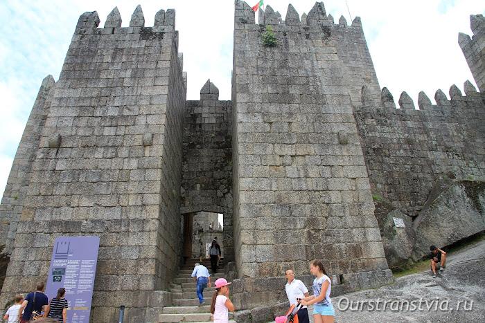 Крепость Гимараеш, Португалия