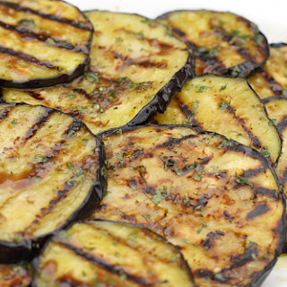 Melanzane arrostite (Marinated Grilled Eggplant with Garlic and Mint).