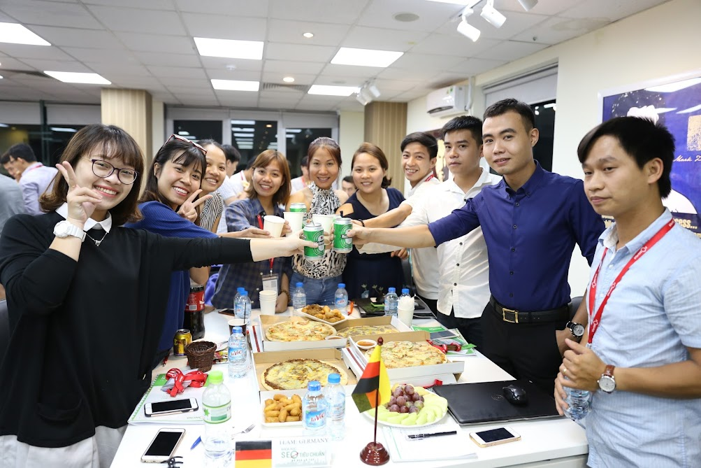Hình ảnh chúc mừng học viên khoá SEO tiêu chuẩn K45