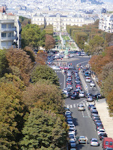 Photo: A closer look down L'Avenue de l'Observatoire, with the Luxembourg Palace at the top.