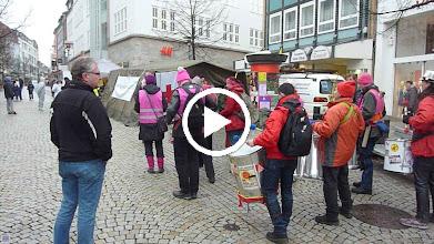 Video: und noch mehrfach die Attac Trommlergruppe aus Braunschweig
