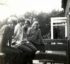 Photo: Gine Lanjouw, Janny Schiphouwer, Jannie Enting en Albertje Sloots