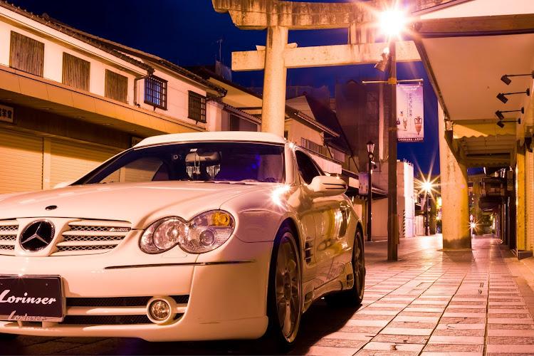 SL R230の福岡,ベンツ,ロリンザー,スターバックス,セピア風写真に関するカスタム&メンテナンスの投稿画像3枚目