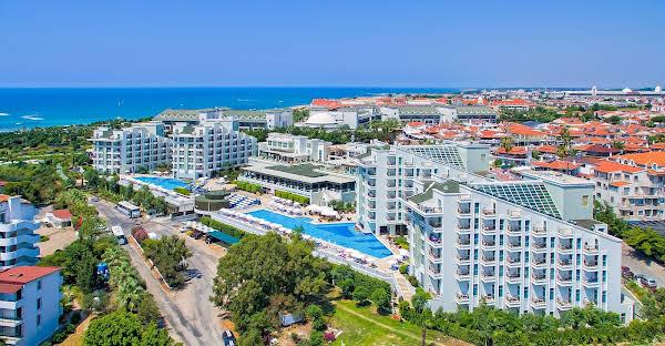 Royal Atlantis Spa Resort