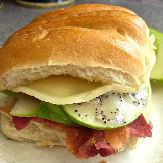Sweet Apple and Bacon Club Sandwich