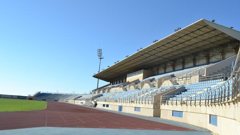 Pista del Estadio Antonio Peroles.