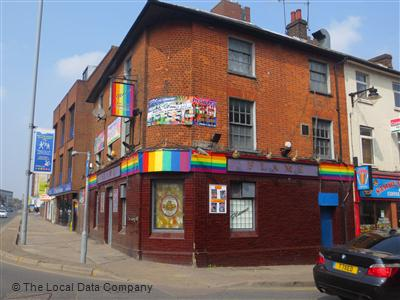 Gay clubs luton