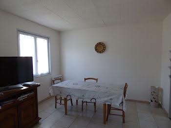 maison à Saint-Genis-d'Hiersac (16)