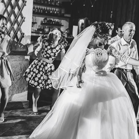 Свадебный фотограф Дмитрий Недыхалов (dmitriyn). Фотография от 04.11.2017