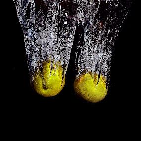 lemon water piercing by Angelo Jadulco - Food & Drink Fruits & Vegetables ( ainjelography, ainjel, angelo guevarra jadulco, lemon )
