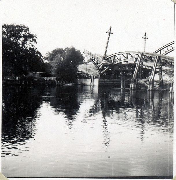 Photo: Pichelsdorf Bridge, Sept 1946