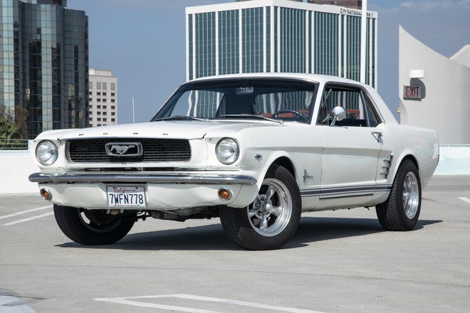 1966 Mustang Coupe in perfect condition!!! Hire CA 92648